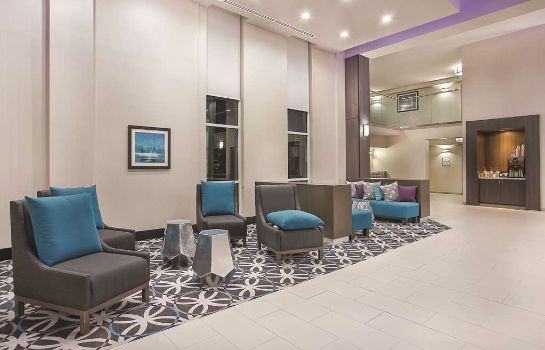Hotelhalle La Quinta Inn & Suites Chattanooga - East Ridge
