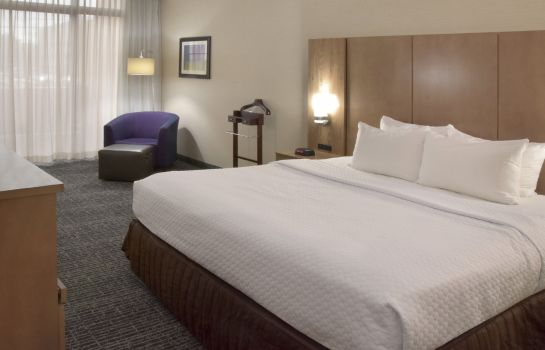 Zimmer Crowne Plaza CLEVELAND AIRPORT
