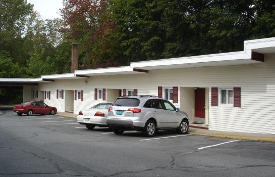 Exterior view BEDFORD MOTEL