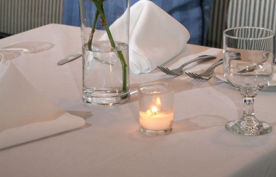 Restaurant Gurneys Montauk Yacht Club and