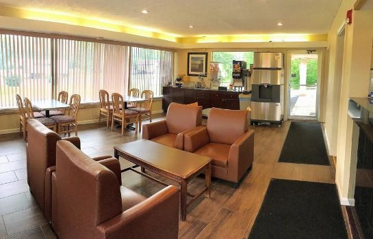 Lobby Central Valley Americas Best Value Inn