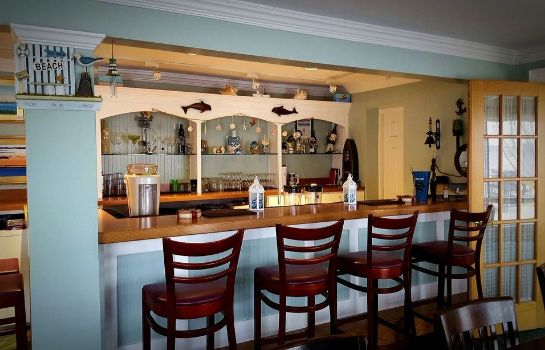 Hotel-Bar Surfside Hotel and Suites