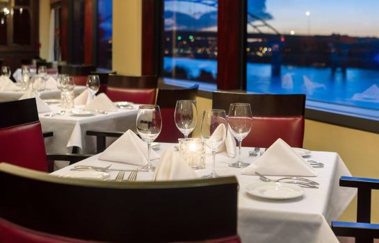 Ristorante Delta Hotels South Sioux City Riverfront