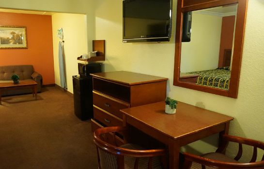 info Regency Inn & Suites