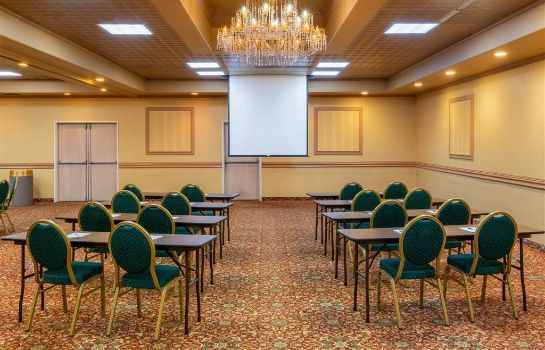Conference room La Quinta Inn Ste Fairbanks La Quinta Inn Ste Fairbanks