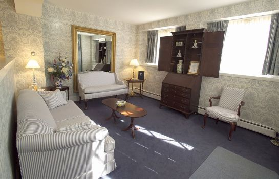 Suite Simsbury 1820 House