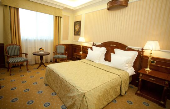 Junior Suite Parus Hotel