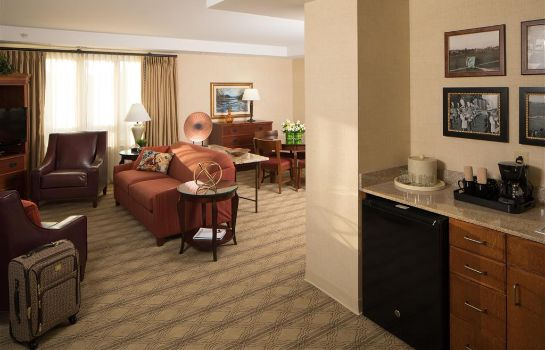 Suite The Inn At Virginia Tech And Skelton