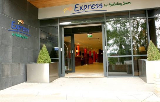 Vista exterior Holiday Inn Express DUBLIN AIRPORT