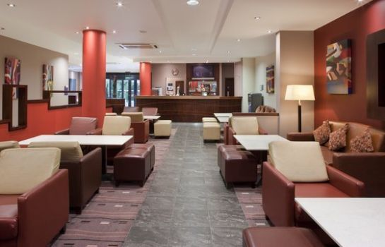 Bar del hotel Holiday Inn Express DUBLIN AIRPORT
