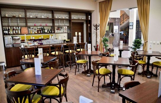 Hotel-Bar Capitolina City Chic