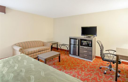 Suite Quality Inn Milwaukee Route 45