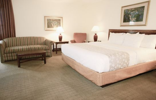 Zimmer Quality Inn Milwaukee