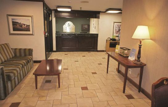 Hotelhalle La Quinta Inn Indianapolis Airport Executive Drive