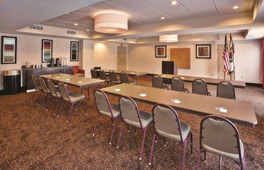 Conference room La Quinta Inn Ste Elkview-Charleston NE