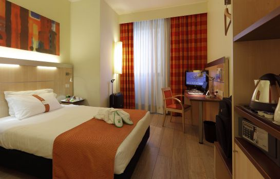 Camera Holiday Inn Express BOLOGNA - FIERA