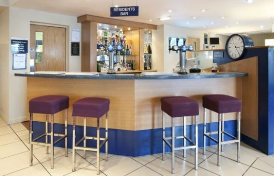 Bar del hotel Holiday Inn Express NEWCASTLE - METRO CENTRE