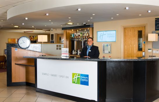 Lobby Holiday Inn Express NEWCASTLE - METRO CENTRE