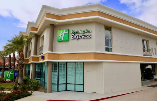 Außenansicht Holiday Inn Express NEWPORT BEACH