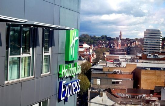 Widok zewnętrzny Holiday Inn Express SWINDON CITY CENTRE