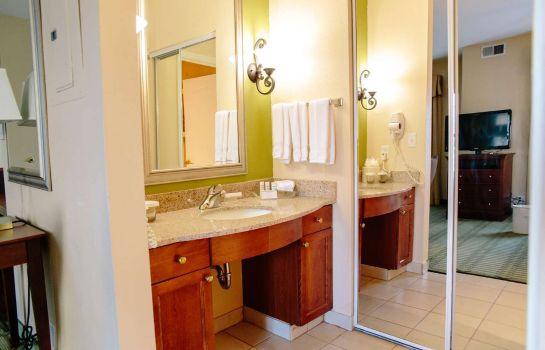 Zimmer Homewood Suites by Hilton College Station