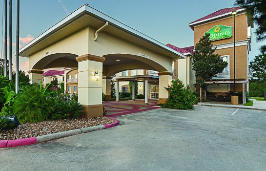 Vista exterior La Quinta Inn and Suites Conroe