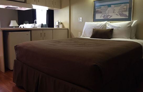 Keuken in de kamer Quality Inn & Suites Myrtle Beach