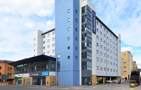Exterior view TRAVELODGE SLOUGH