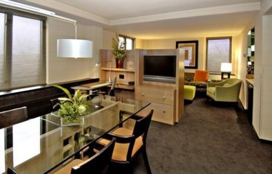 Suite KELLOGG HOTEL AND CONFERENCE CENTER