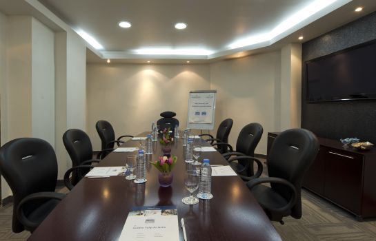 Meeting room Golden Tulip Al Jazira