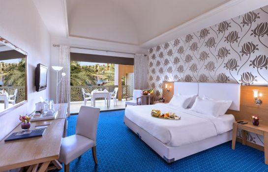 Junior suite Golden Tulip Al Jazira