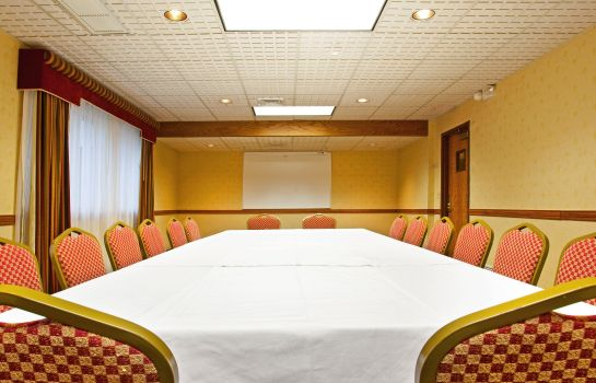 Conference room Holiday Inn Express & Suites GRAND RAPIDS AIRPORT