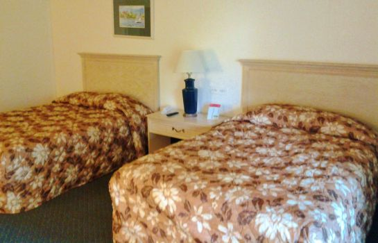Zimmer Americas Best Inns Grand Rapids