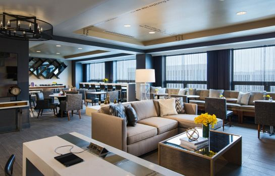 Hotel-Bar Renaissance Chicago O'Hare Suites Hotel