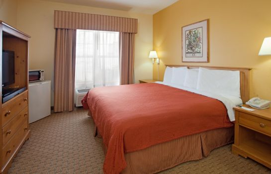 Room COUNTRY INN SUITES NORMAL WEST