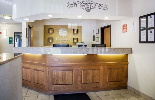 Lobby Comfort Inn Green Bay