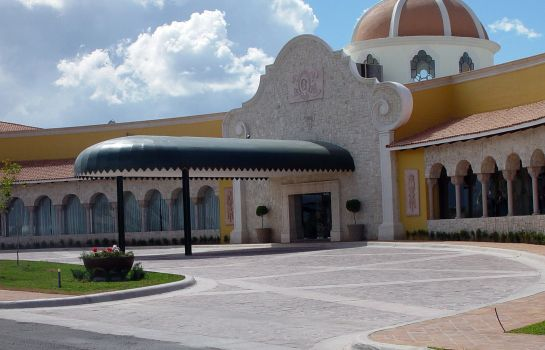 Exterior view Quinta Real Saltillo