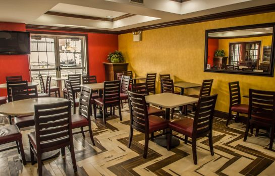 Restaurant Quality Suites North Bergen