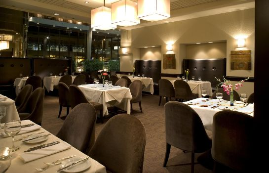 Restaurante Delta Hotels Calgary Airport In-Terminal