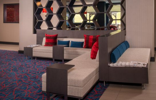 Lobby TownePlace Suites Altoona