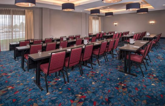 Conference room TownePlace Suites Altoona