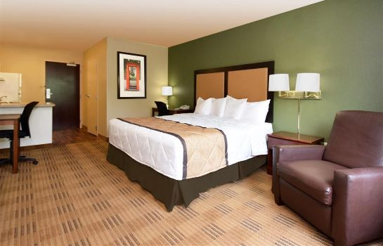 Zimmer Extended Stay America Deerfield