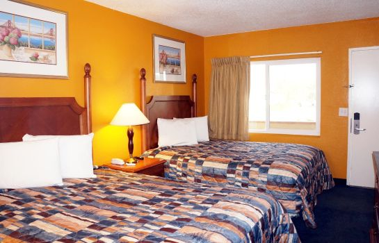 Zimmer CLASSIC INN RED BLUFF