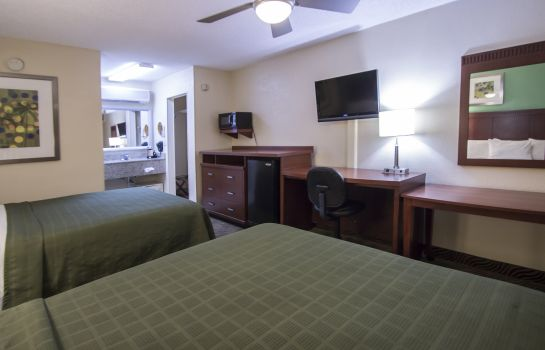 Zimmer Quality Inn & Suites Hollywood Boulevard