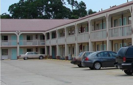 Vista esterna Red Carpet Inn Natchez
