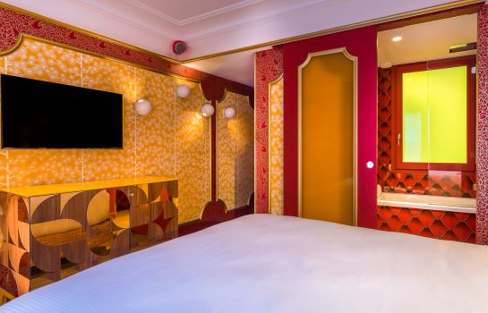 Chambre double (confort) Idol Hotel