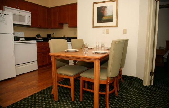 Zimmer Homewood Suites Grand Rapids