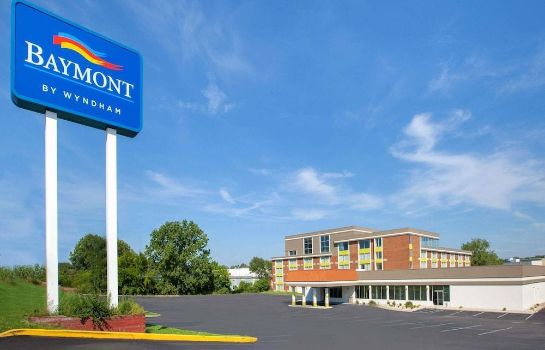 Photo Baymont Inn & Suites Grand Rapids Near Downtown