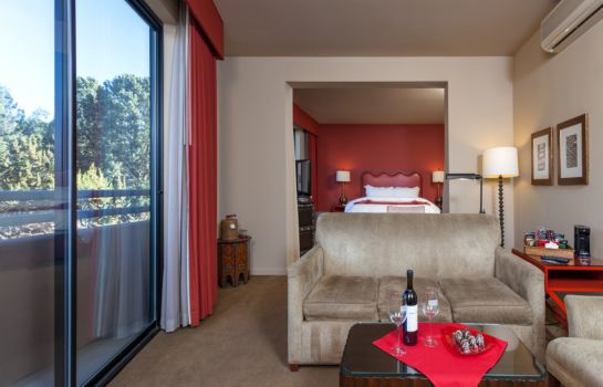 Suite Sedona Rouge Hotel and Spa