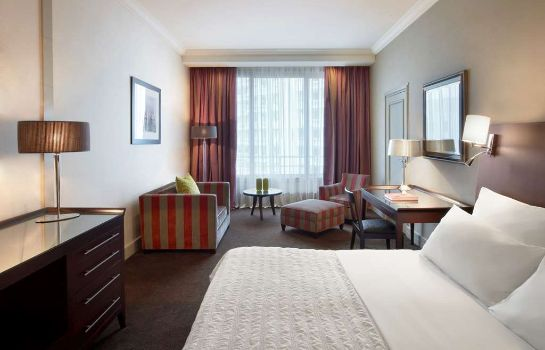 Room Le Meridien Beach Plaza